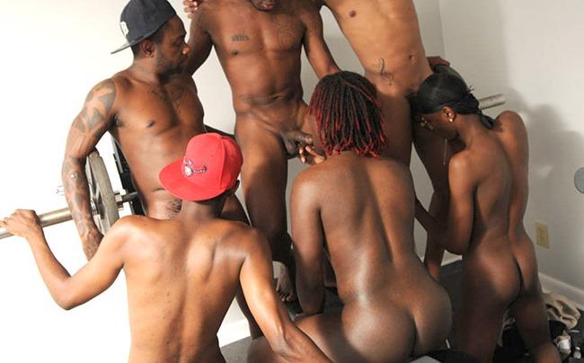 thug orgy gym circuit of oral sex